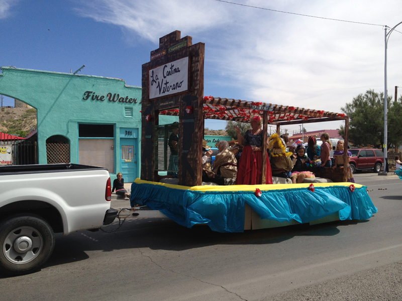 Fiesta Float - Veterans Home - 2012