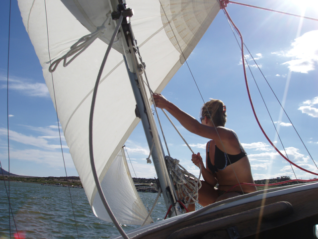 Sailing on Elephant Butte Lake