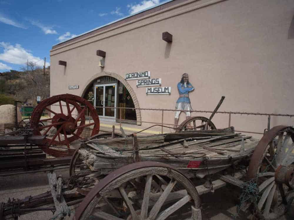 Frontier Legends - Comedy Wild West Show at Geronimo Springs Museum