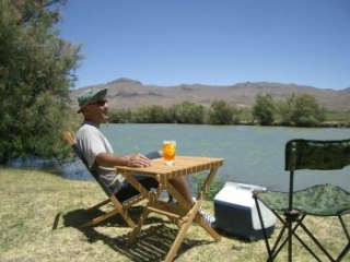 picnic on the banks of the Rio Grande