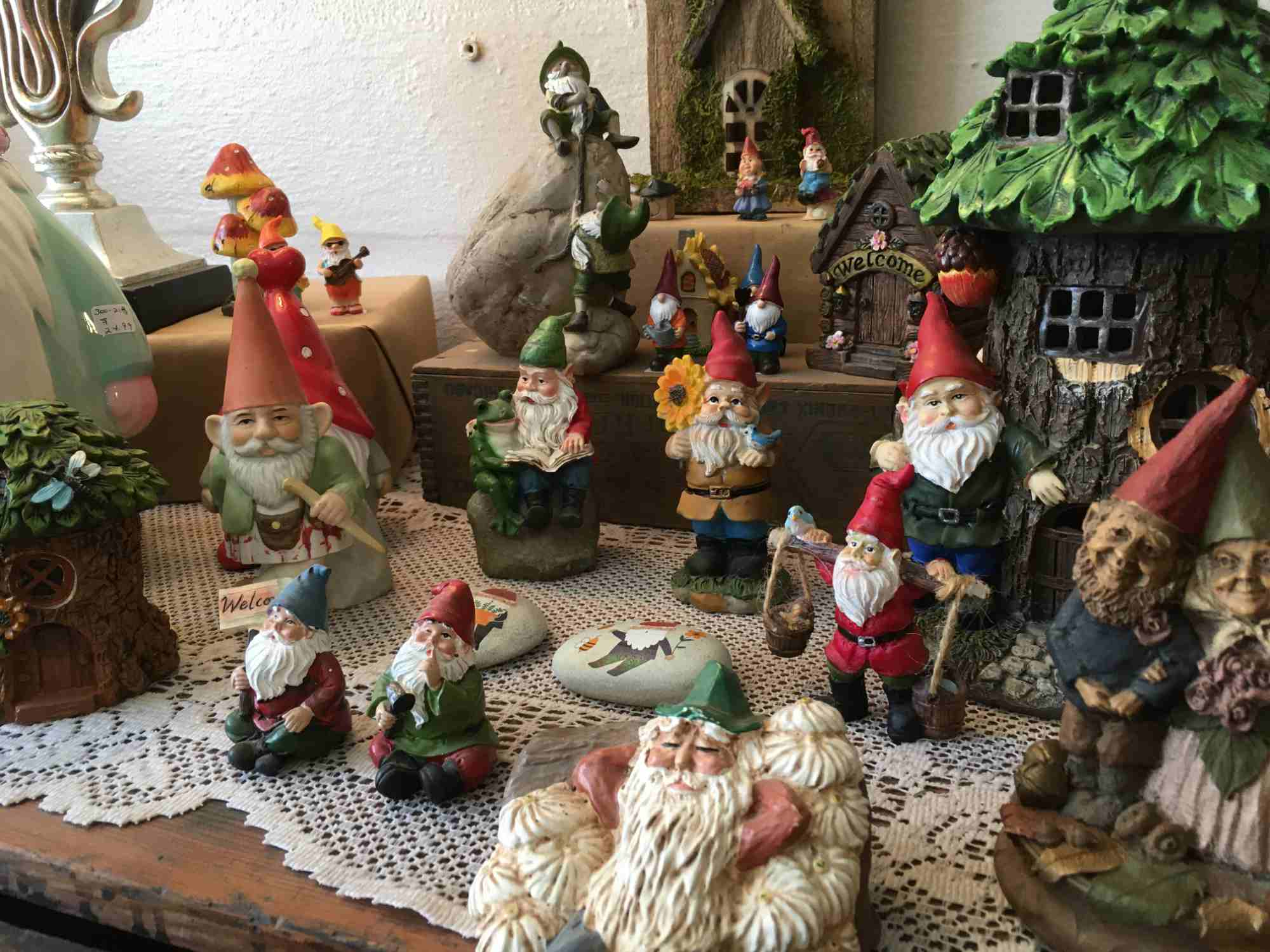 elves and gnomes - A Touch of Yesterday - a collector's paradise