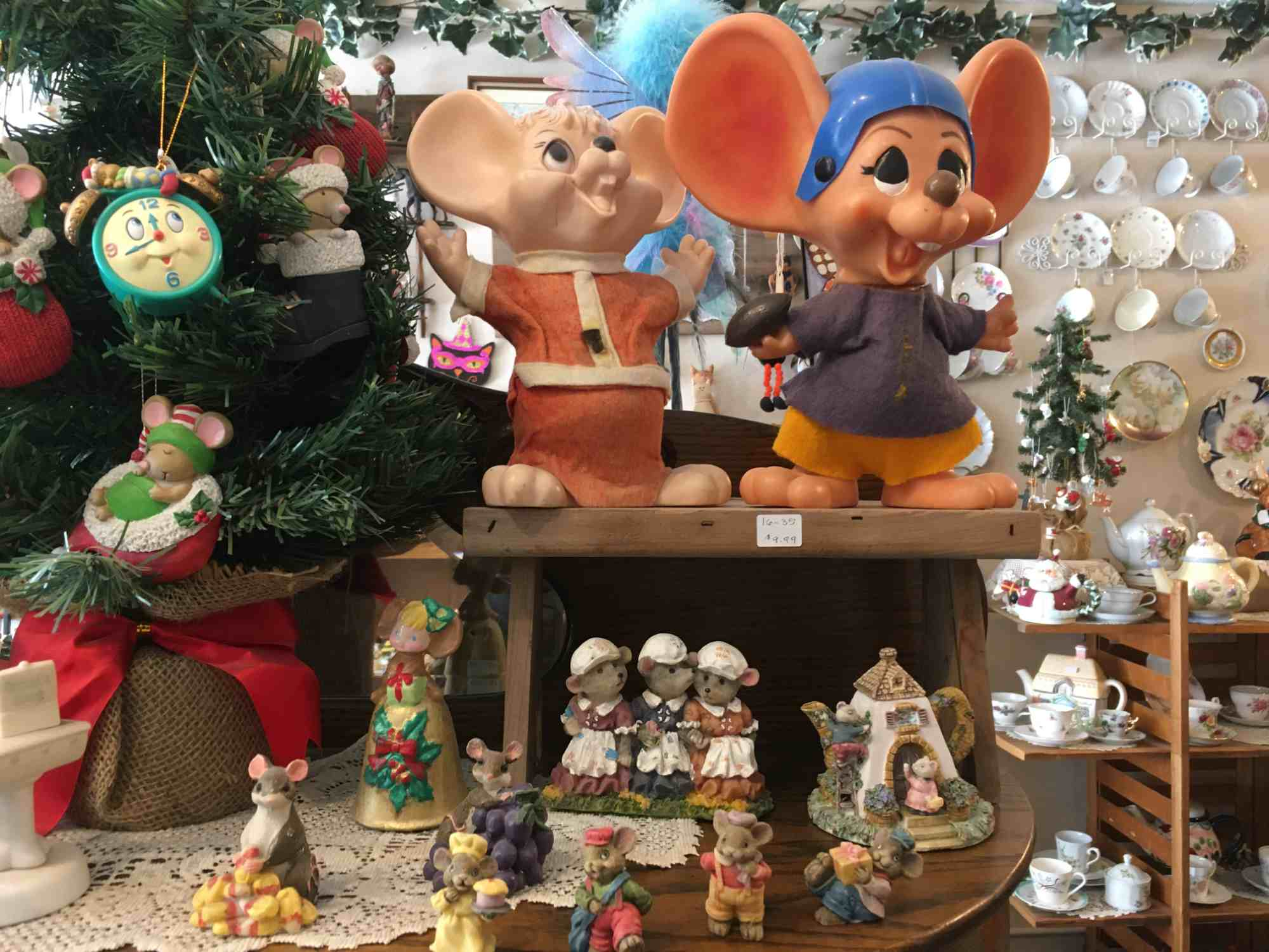 mice, the chipmunks, and more - A Touch of Yesterday - a collector's paradise