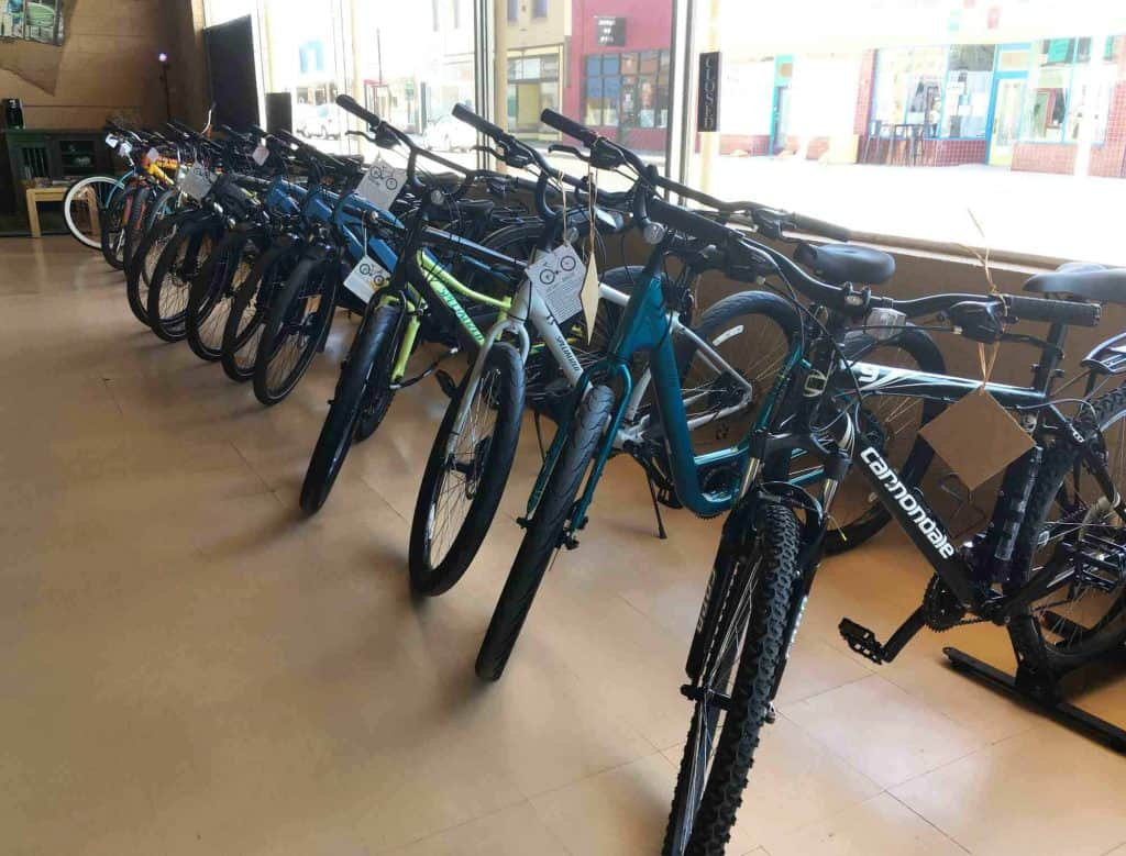 Morning Star Outfitters bikes for rent