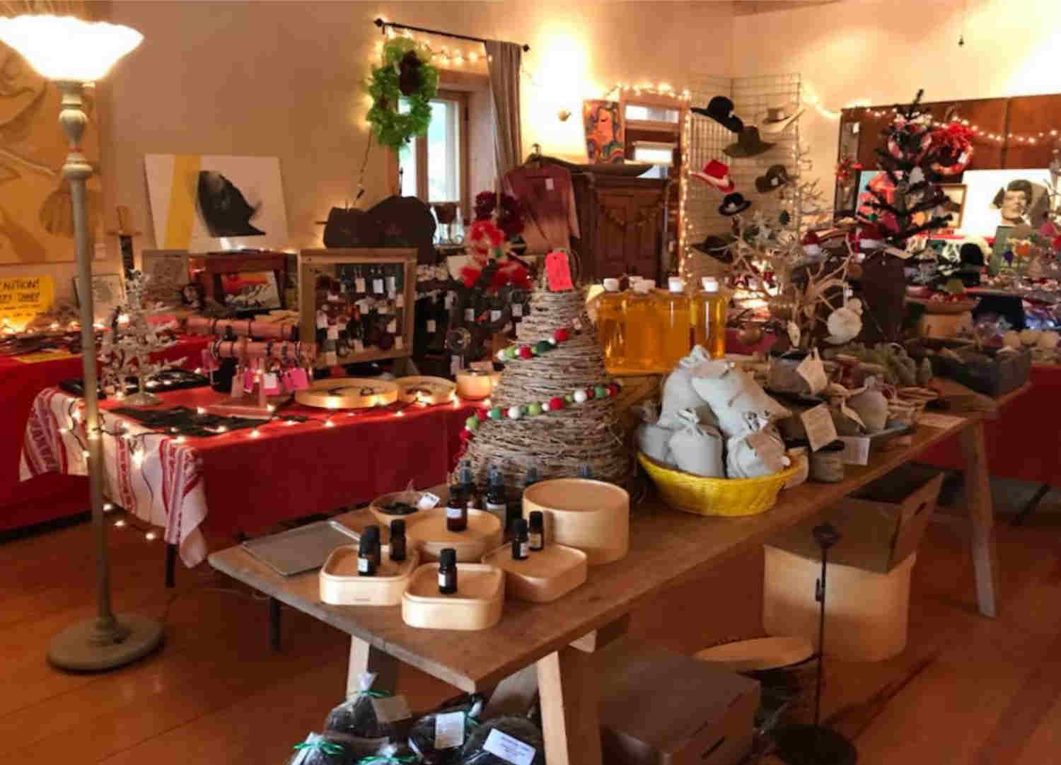 2019 Monticello Holiday Store