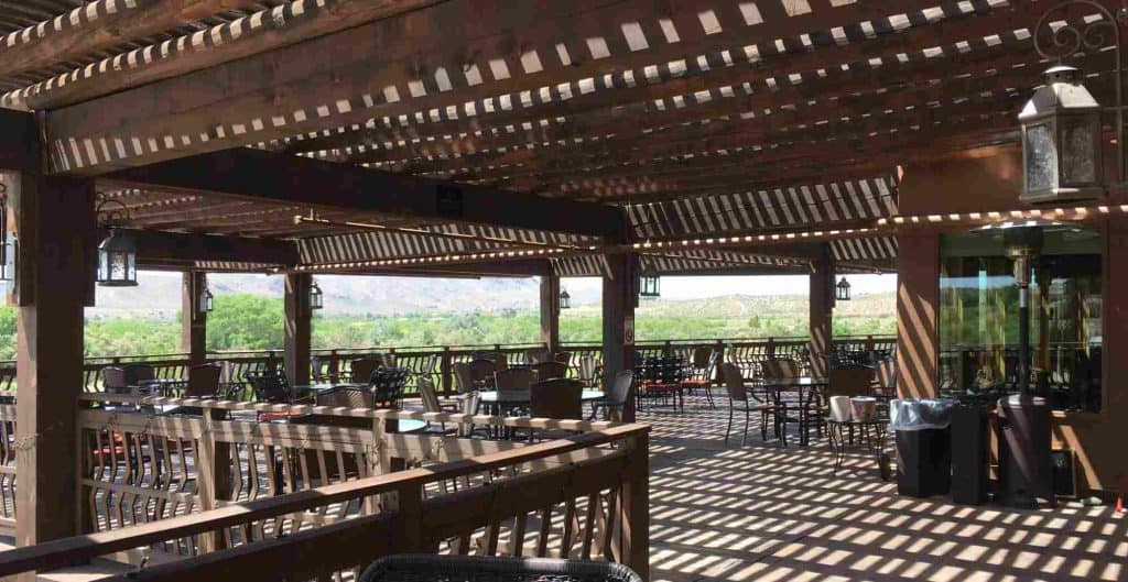 dine outdoors on Sierra del Rio's huge patio