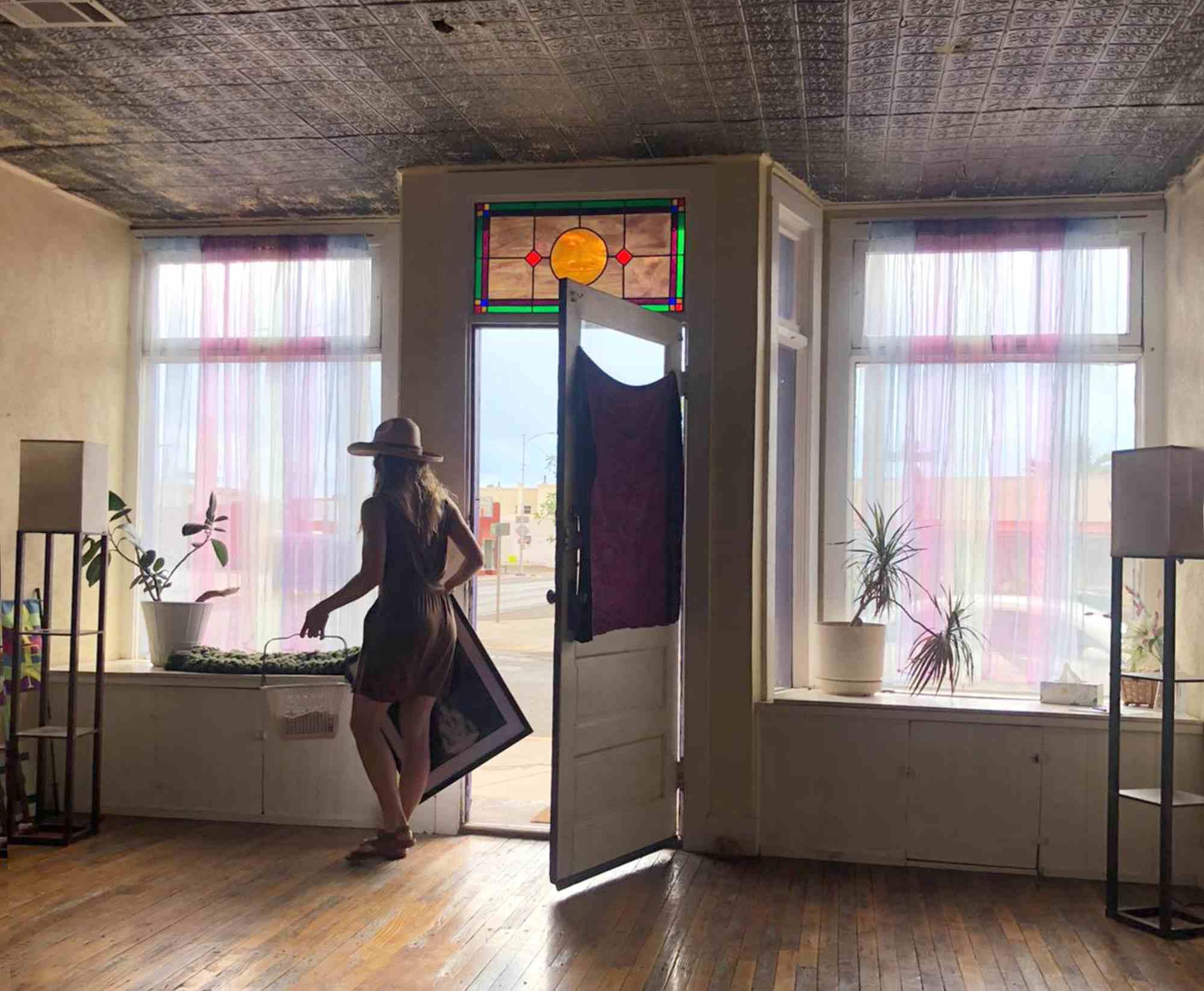 modern dance class taught by Abigail Nance